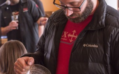 """Steve Wagner and A.J. Keagle host """"Science in a Pint"""" at Cornerstone Pie"""