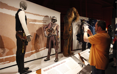 """Review: """"Star Wars"""" costume exhibit at EMP Museum"""
