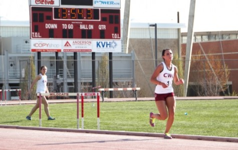 Central track athletes break national records at the Spike Arlt Invitational