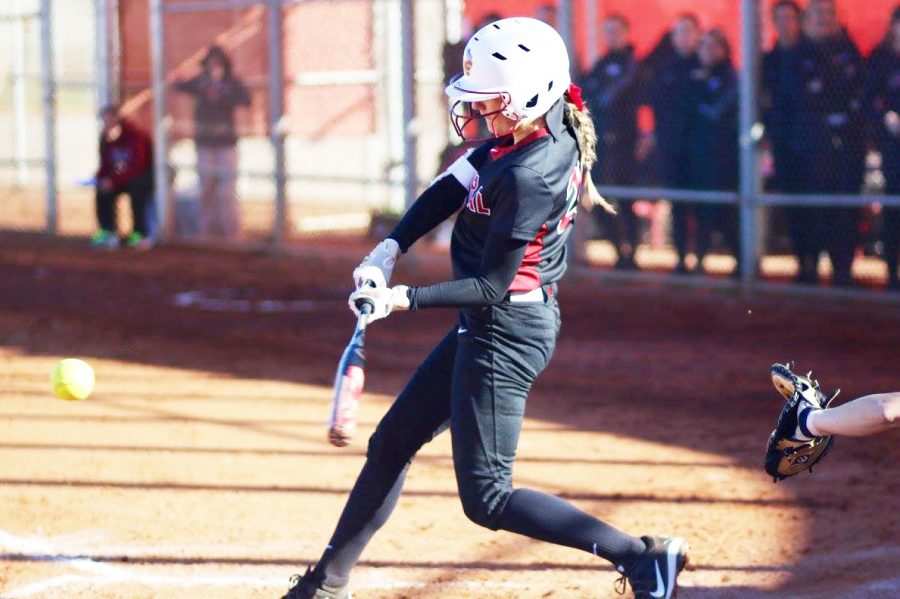 Taylor+Ferleman+%28pictured%29+going+after+a+pitch.+She+is+one+of+the+seniors+leading+CWU.