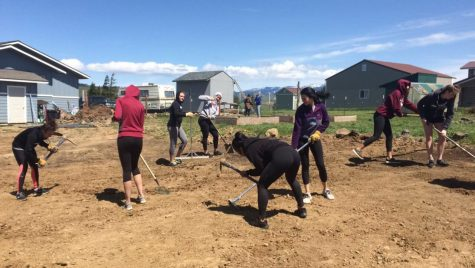 CWU athletes give back to community