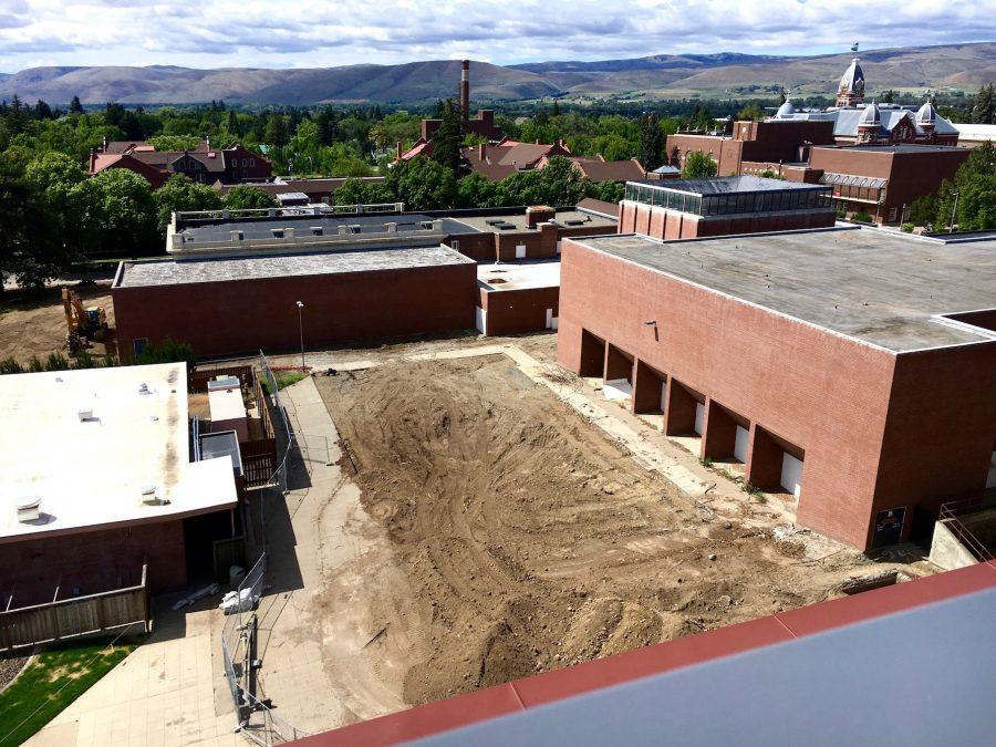The+construction+and+renovation+of+Samuelson+is+now+underway