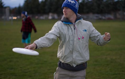 Ultimate frisbee team preps for season