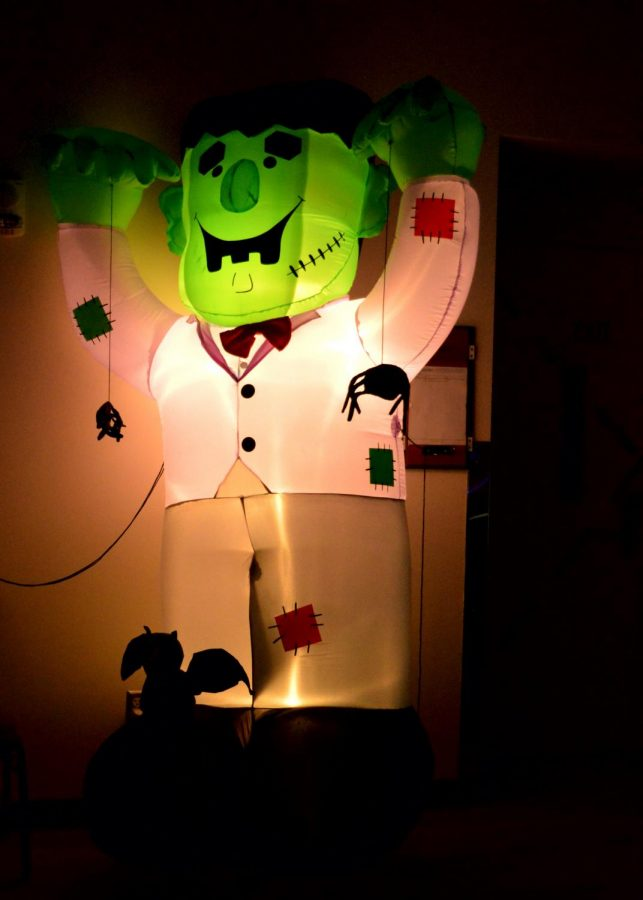 Frankenstein+prepares+to+scare+in+the+SURC.