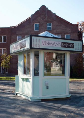Vinman's Bakery expands location