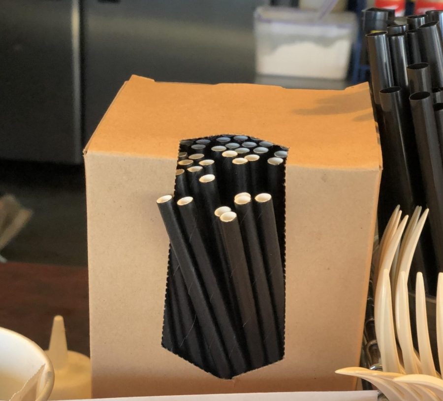Using+paper+straws+instead+of+plastic+is+one+simple+way+you+can+reduce+your+impact+on+the+environment.%0AD%26M+Coffee+is+one+of+the+first+businesses+in+Ellensburg+to+offer+paper+straws.