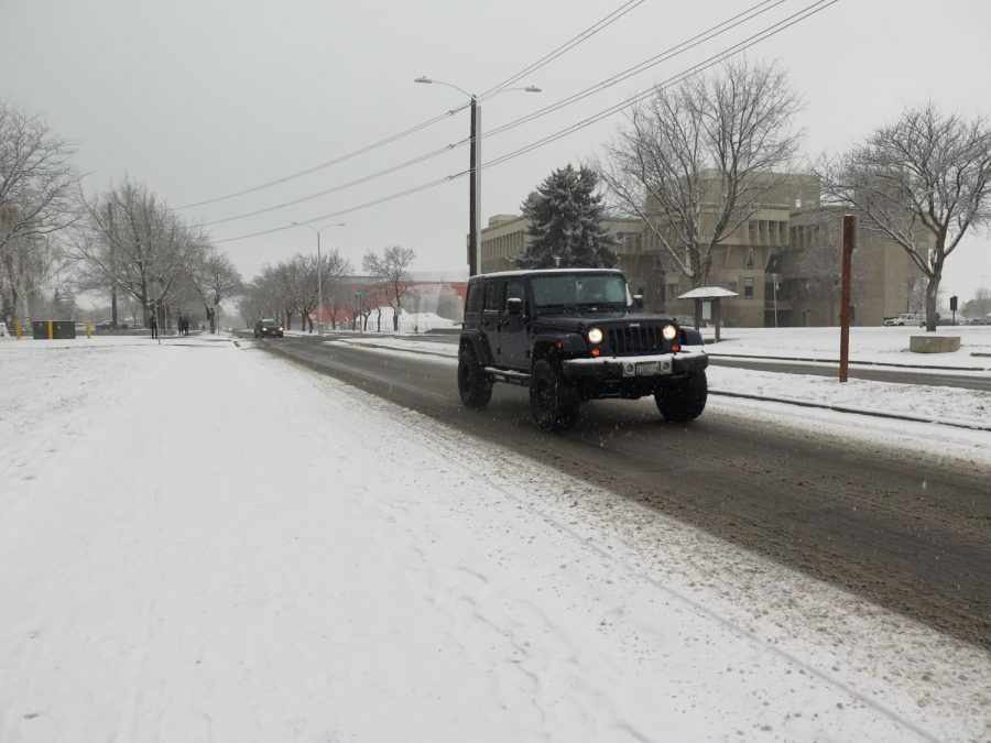 Driving+safely+in+the+snow+and+ice