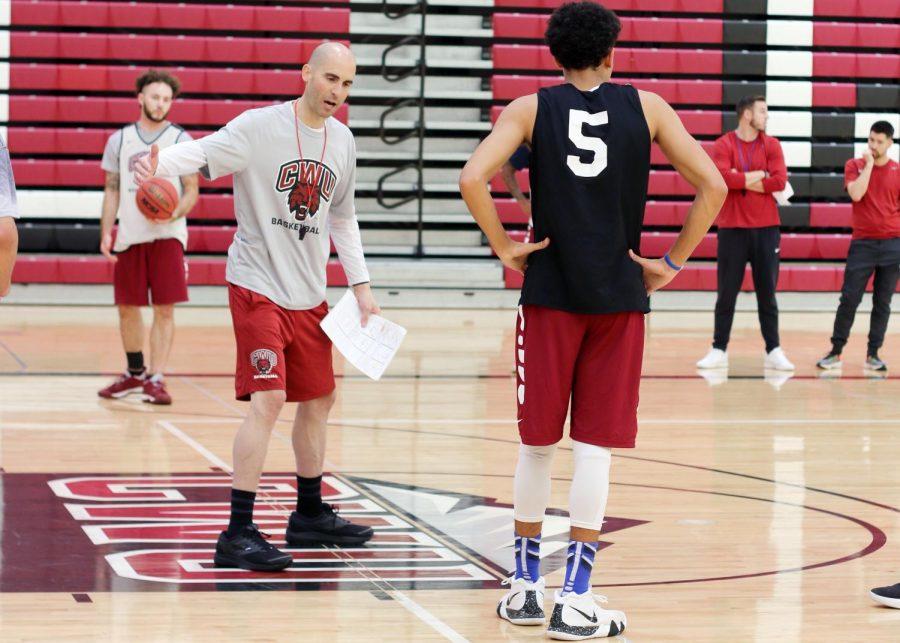 Men's basketball sets sights on second half of season