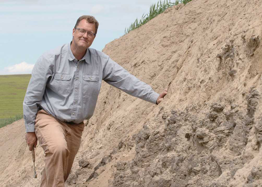 Nick On The Rocks is a popular show about geology on KCTS 9. It is hosted by CWU's own professor, who is also a nationally recognized geologist, Nick Zentner. Season 3 of the show beings January 24th and will be screened here on campus.