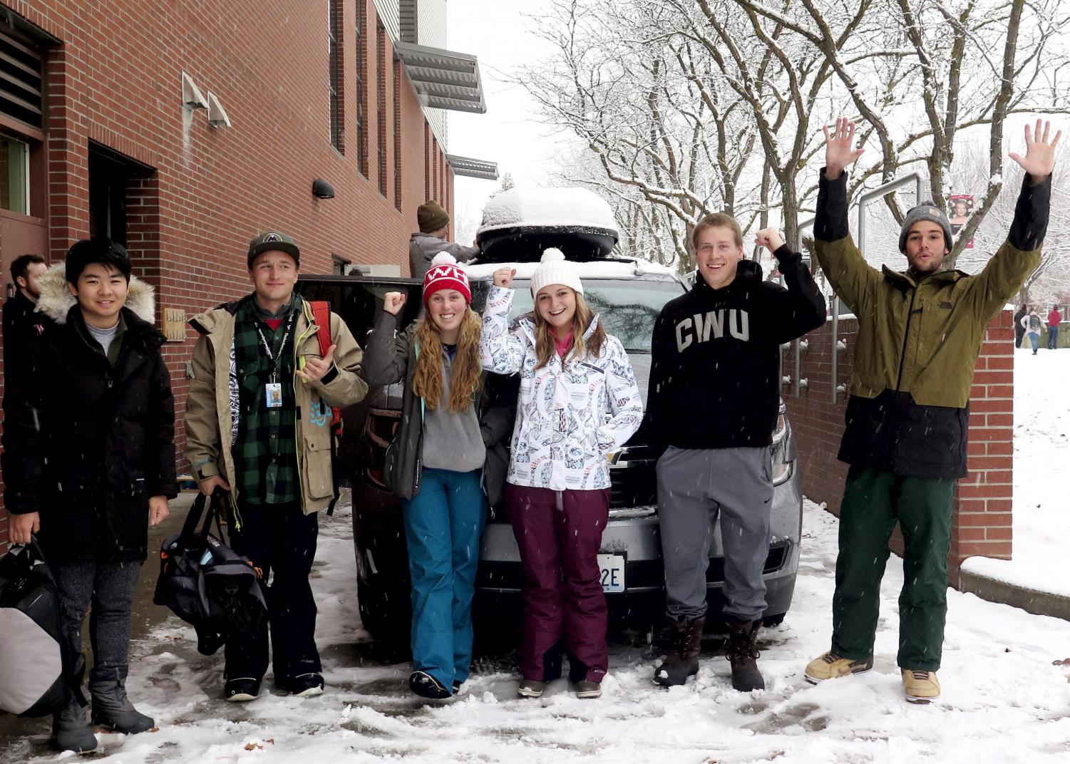 OPR ski & snowboard buses currently depart every Tuesday and are a great way for students to get some work in on the slopes. Whether you're just beginning or ready to give lessons, the OPR wants to provide this experience to anybody who is interested.
