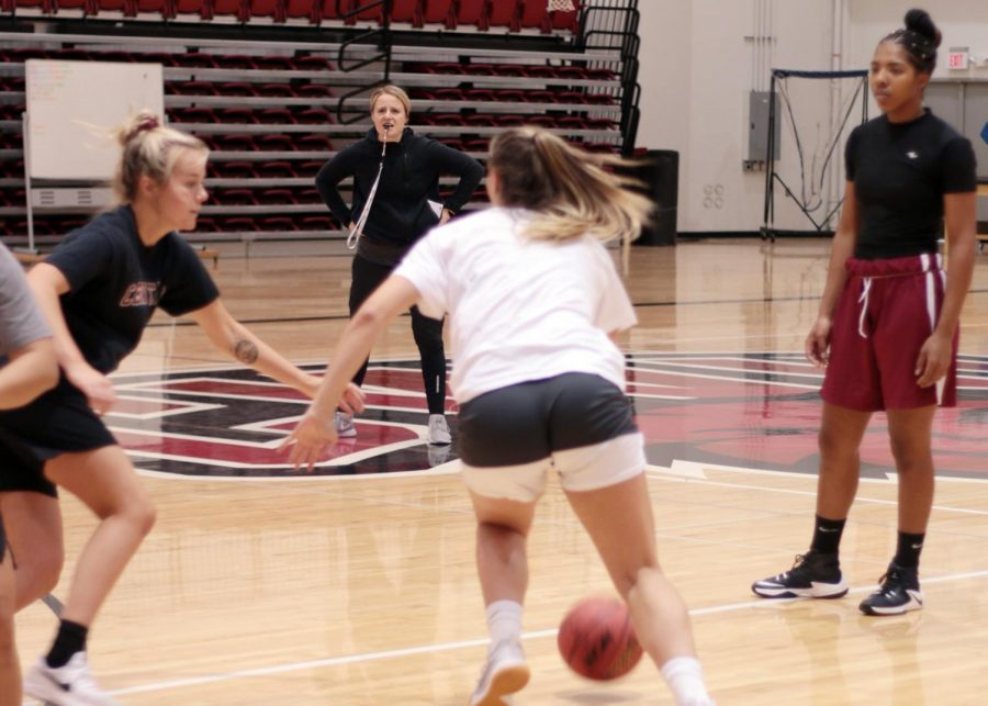 Women's basketball sees best start since 2015 season