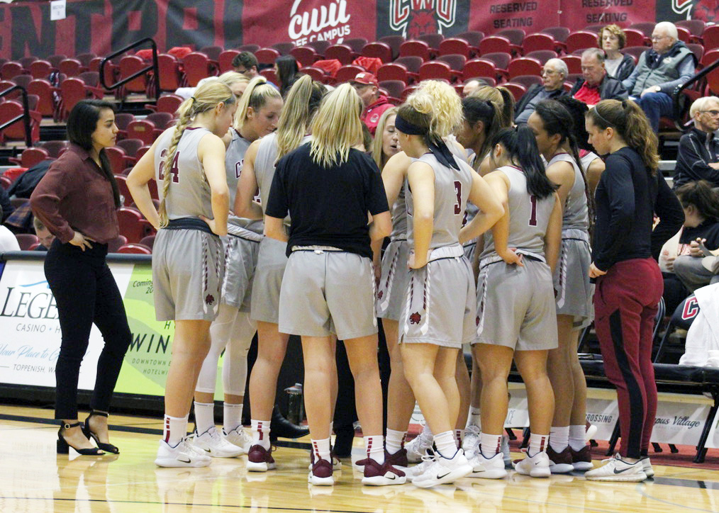 Women's basketball huddles before their game against the Saints earlier this 2018-19 season.