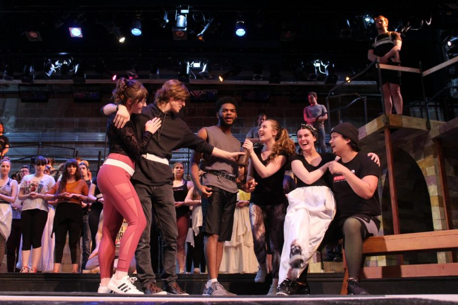 Central Theatre Ensemble Performs 'The Hunchback of Notre Dame'