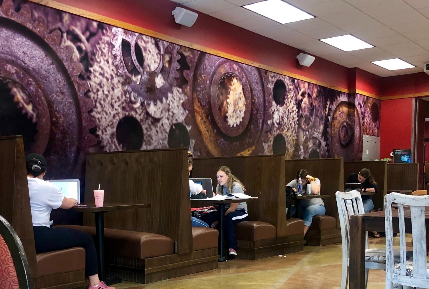 The 1891 Bistro stays open 24 hours a day to CWU students. The environment lets students relax while study- ing or socializing.