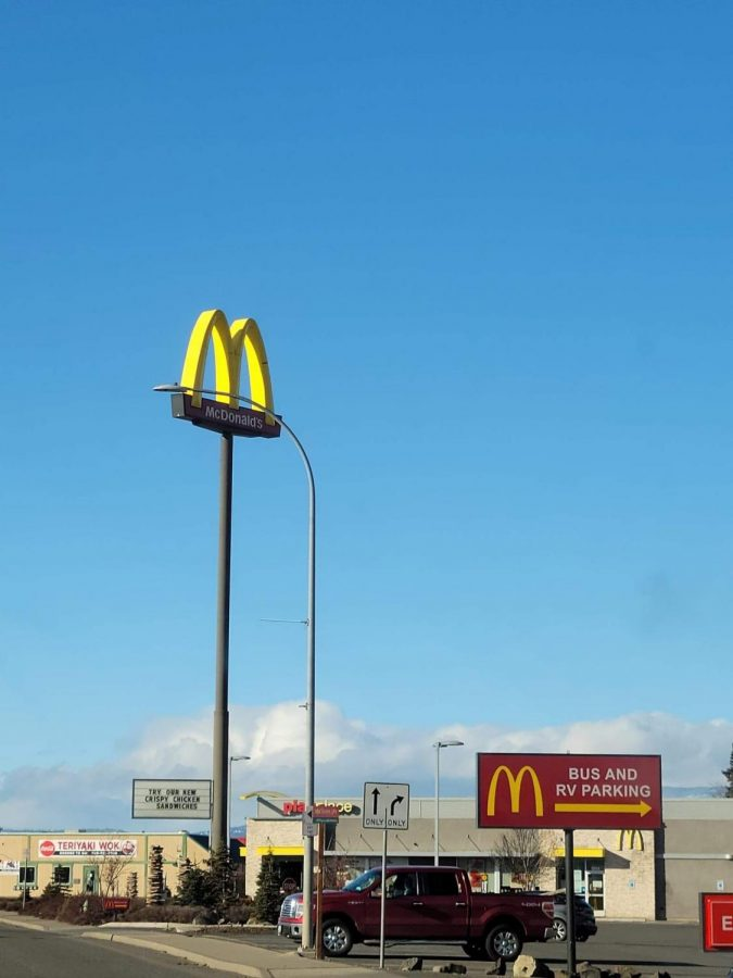 Fast Food Restaurant adapts to COVID-19 in the 'Burg